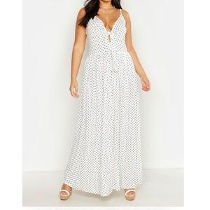 Plus Womens Boohoo White Maxi Dress NWT